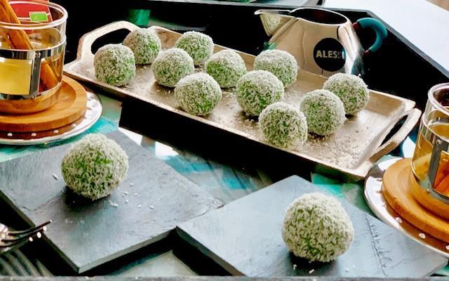 Matcha-kokos bolletjes