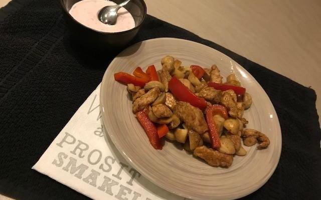 Pittige kip pitta schotel